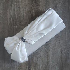 Jessica McClintock Bridal Clutch with Strap White